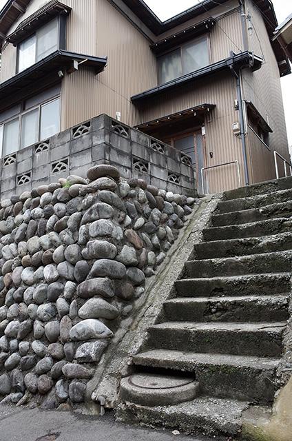 Back street photo Higashichaya district, Kanazawa city  Hidemi Shimura