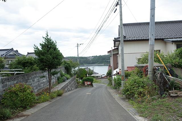 Kesennuma Oshima -Landscape during a walk 4-  Hidemi Shimura